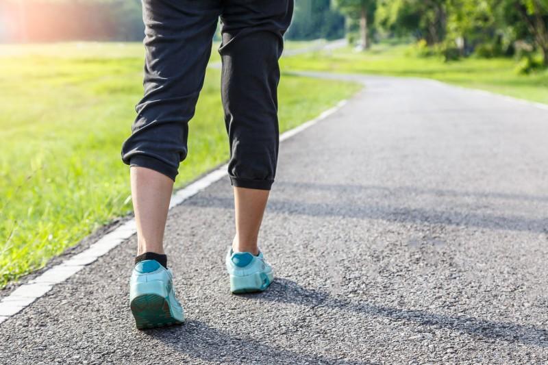 Beneficios de caminar después de las comidas